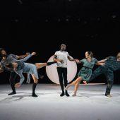 Everyness – Tanztheater voller Poesie und Ausdruckskraft