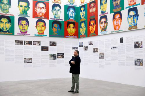 Mit seinem Kunstwerk will Ai Weiwei an die Opfer der Gewalttat erinnern. Reuters