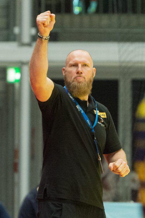 Neoteamchef Ales Pajovic durfte über einen perfekten Einstand jubeln.GEPA