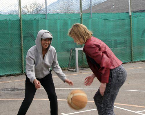 Offene Jugendarbeit findet wieder im Freien am Habedere-Platz statt.pe
