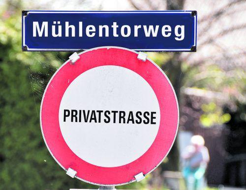 Privatstraße Auf Privatstraßen oder anderes Miteigentum ist bei Verlassenschaften besonders aufmerksam zu achten. Foto: A. Kopf