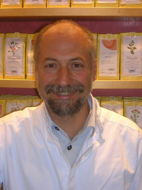 Rudolf Pfeiffer referiert in Nüziders zum Thema gesunde Ernährung. Pfeiffer