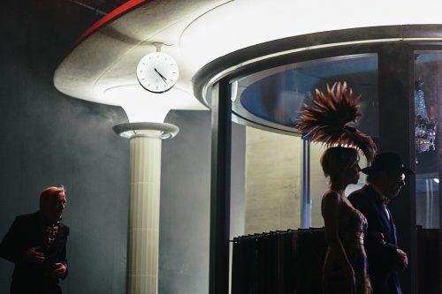 """Szene aus der Adaptierung des Romans """"Justiz"""" von Friedrich Dürrenmatt am Zürcher Schauspielhaus. Schauspielhaus/Horn"""
