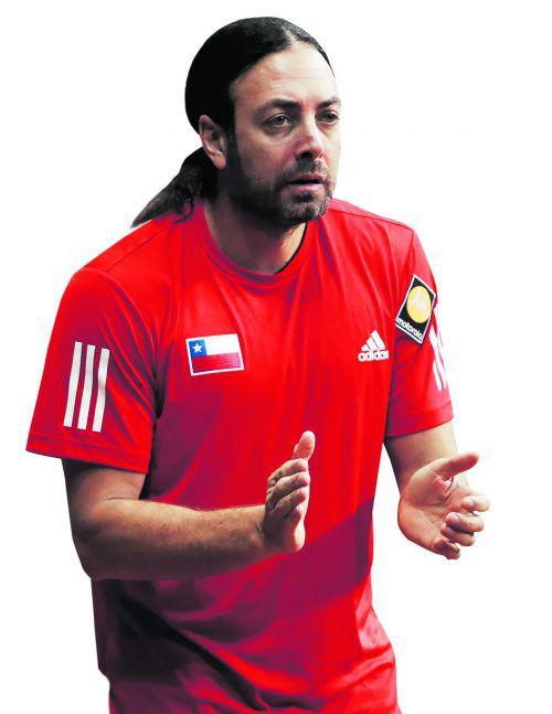 Trainer Nicolas Massu (l.) will seinem neuen Spieler Dominic Thiem kräftig einheizen.Apa/Gepa