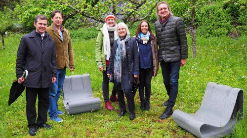 """Trotz bescheidenem Wetter beste Stimmung bei der Eröffnung von """"Linders Garten"""" am Liebfrauenberg. Egle (2)"""