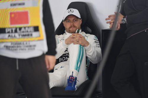 Valtteri Bottas sorgte im ersten Schanghai-Training für die Bestzeit, Sebastian Vettel folgte auf Rang zwei. apa