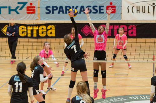 Von heute bis Freitag wird in der Messeballsporthalle der Bundessieger in der Sparkassen-Schülerliga der Volleyballerinnen ermittelt.VN/Stiplovsek