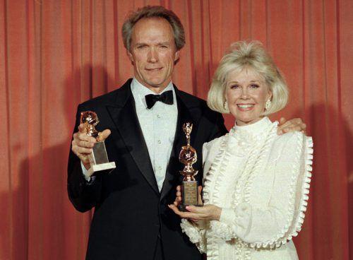 1989 Doris Day mit mit Clint Eastwood bei den Golden Globe Awards.