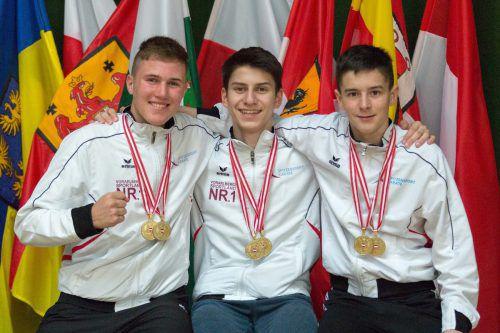 Adrian Nigsch, Hamsat Israilov und Yannick Böhler jubelten über einen goldenen Doppelpack.Grafoner