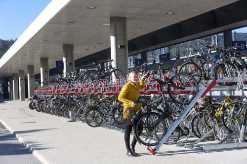 Am neuen Bahnhof in Rankweil wurden bereits die neuen Fahrradabstellvorrichtungen installiert. lAND vORARLBERG/mATHIS