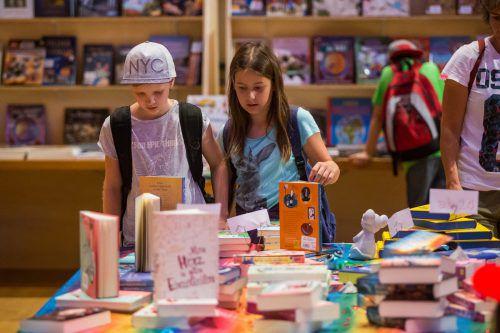 An den drei Messetagen wird die Kulturbühne Ambach die größte Kinderbuchhandlung Vorarlbergs.VN/Steurer