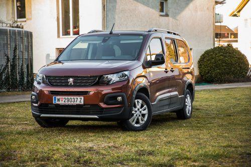 Auffälligkeit im Zeichen des Löwen: Der raumgreifende Peugeot Rifter L2 ist weniger fürs Gefühl gemacht, sondern will lieber Nutzen stiften. VN/Steurer