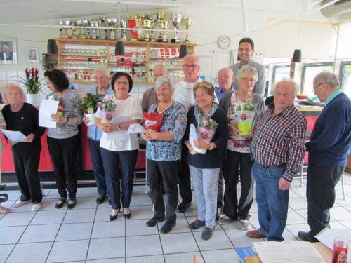 Bei der Neuwahl wurde das Team um PVÖ-Obfrau Zangerl einstimmig bestätigt.pensionistenverband vorarlberg