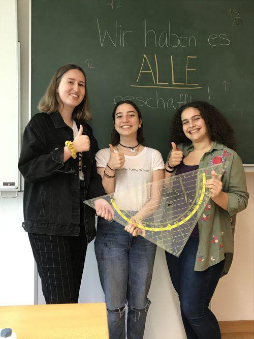 Chiara, Katja und Laura: Drei von 39 Schülerinnen und Schülern, die am BORG Götzis die Mathe-Matura positiv bewältigten.VN/Hämmerle                ???