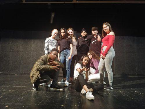 Das Jugendtheater Zweiheimisch präsentiert sein neues Stück im TiK. erh
