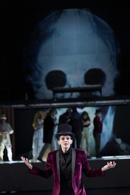 """Das """"Zauberberg""""-Projekt wird zu einem multimedialen Theater. M. Horn"""