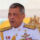 Monarch Rama X. wird gekrönt