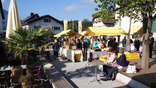 Der Göfner Frühlingsdorfmarkt erfreut sich großer Beliebtheit. Dorfmarkt Göfis
