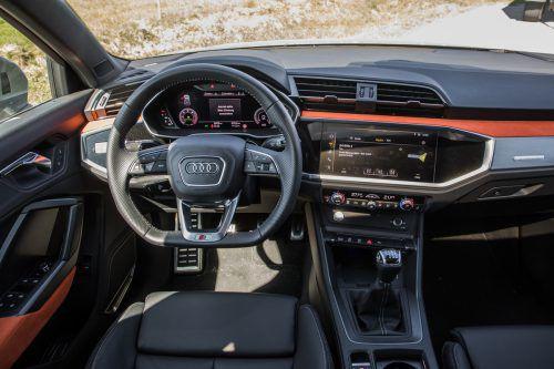 Der Kühlergrill ist die markanteste optische Änderung an der zweiten Generation des Audi Q3.VN/Steurer