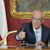 Neuer Innenminister Ratz zieht 1,50-Euro-Verordnung zurück