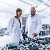 S.I.E digitalisiert die Medizintechnik