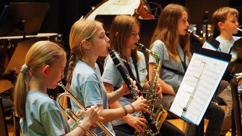 Die Jungmusikanten aus Altach beeindruckten beim Vorspielabend mit ihrem Können und Talent.Egle (2)