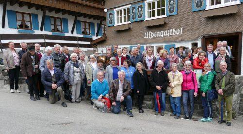 Die Lingenauer Senioren machten einen Ausflug in den Kneippkurort Bad Wörishofen. sb lingenau