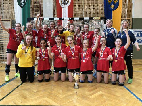 Die siegreichen Mädchen des Vorarlberger Handballverbandes.VHV