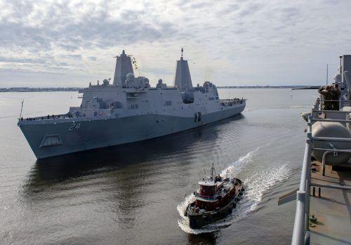 """Die USA erhöhen die Militärpräsenz: Unter anderem wird der Flugzeugträger """"USS Arlington"""" verlegt. AFP PHOTO/US MARINE"""