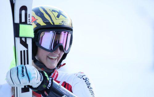 Die Vorarlberger Skirennläuferin Nina Ortlieb fährt mit Ski von Head (hier beim Training in Sölden). gepa