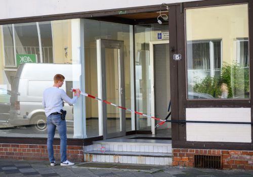 Ermittler haben zwei weitere Leichen in der Wohnung einer der toten Frauen in Wittingen gefunden. AFP