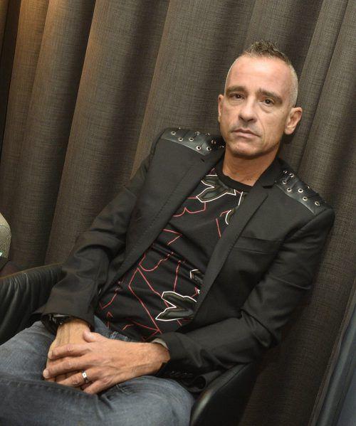 Eros Ramazotti muss seine internationale Tournee bis Juli unterbrechen. APA