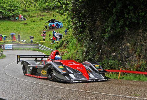 Christoph Lampert fand am Bergrennen von Trento nach Bondone Gefallen, wurde in der Gesamtwertung Achter, landete in seiner Klasse auf Rang zwei. noger