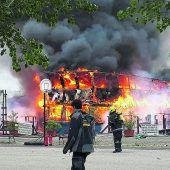Rundfahrtboote brannten ab