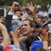 Guaidó kämpft