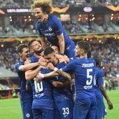 Chelsea krönt sich mit einem 4:1 gegen Arsenal zum Europa-League-Sieger. C1