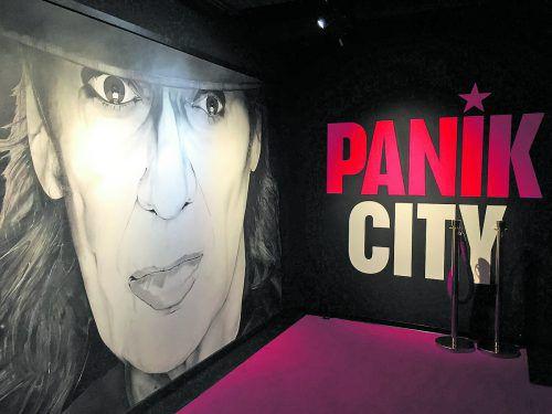 In der Panik City erfährt man viel über das Leben von Udo Lindenberg.Beate Rhomberg