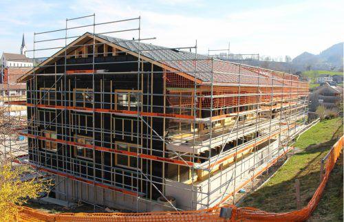 In der Parzelle Pfister entsteht bis Jahresende eine Wohnanlage mit zwei Gebäuden.