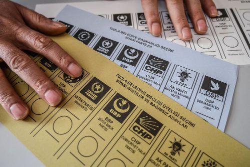 In der Türkei wird die Annullierung von Wahlergebnissen gefordert. afp