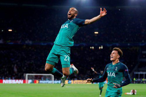Mit einem lupenreinen Hattrick schießt der Brasilianer Lucas Moura die Spurs erstmals ins Endspiel der Champions League.Reuters