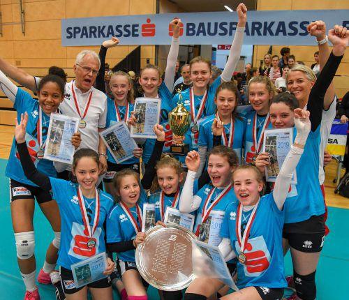 Nach 2010 triumphierten die Mädchen des BG Bregenz-Blumenstraße zum zweiten Mal im Bundesfinale der Sparkasse-Schülerliga im Volleyball. VN/Lerch