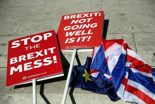 Nach einem Ausweg aus dem Brexit-Chaos wird dringend gesucht. reuters