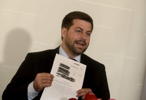 Neos-Mandatar Bernhardveröffentlichte ein Urteil zur Korruptionsaffäre.APA