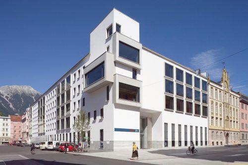 Die Zentrale der Bank für Tirol und Vorarlberg. Die UniCredit Bank Austria deckt die Bankvorstände mit Sonderprüfungsanträgen und Verfahren ein. Fa
