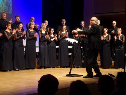 """Oskar Egle hat """"Vocale Neuburg"""" verdientermaßen längst in die Spitzengruppe des heimischen Chorwesens geführt. JU"""