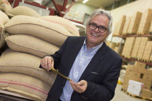 Peter Amann baut den Firmensitz in Lustenau zum Kaffee-Kompetenzzentrum aus.