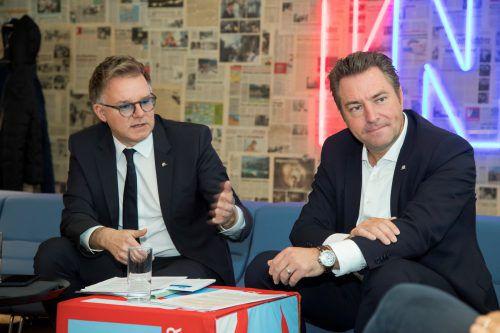Peter Humer, Vertriebsvorstand Uniqa Österreich, und Markus Stadelmann, Landesdirektor Uniqa Vorarlberg. VN/Paulitsch