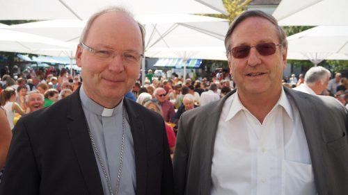 Rankweils Pfarrer Blum (r.) übt Kritik an diözesaner Pressestelle seines Bischofs Benno Elbs.