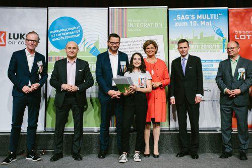 """Schülerin Ines Mille vom BG Lustenau gehörte zu den 19 Siegerinnen und Siegern des Wettbewerbs """"Sag's multi"""". BG Lustenau"""