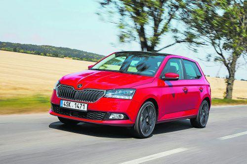 Škoda Fabia: Der kleine Tscheche erhielt 2017 neue Motoren, für 2019setzte es eine Mitgift-Aufwertung, unter anderem mit LED-Tagfahrlicht.